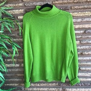 Pria Vintage Kelly Green Turtleneck Sweater